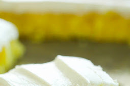 Easy Lemon Sheet Cake