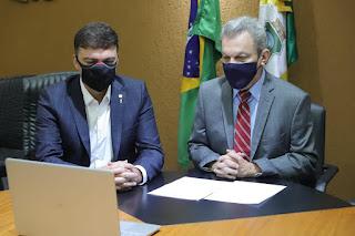 Sarto renuncia ao mandato de deputado e deixa presidência da Assembleia para assumir Prefeitura de Fortaleza