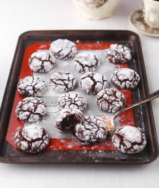 Resep Chocolate Crinkle Cookies