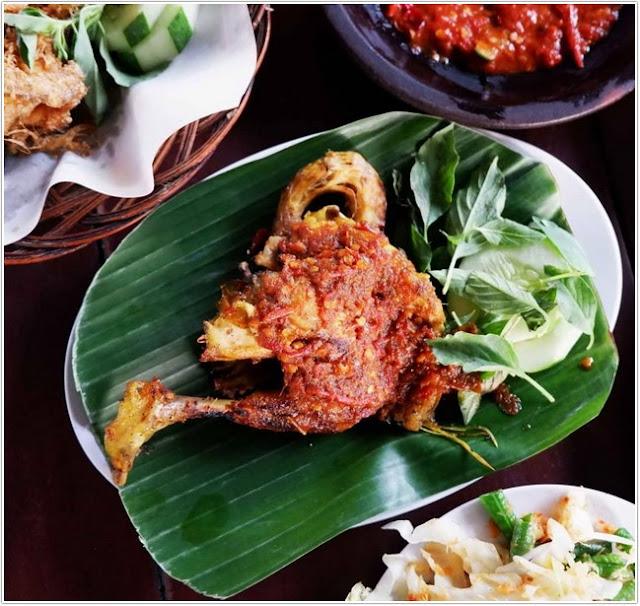 Warung Apung Rahmawati;10 Top Kuliner Sidoarjo;