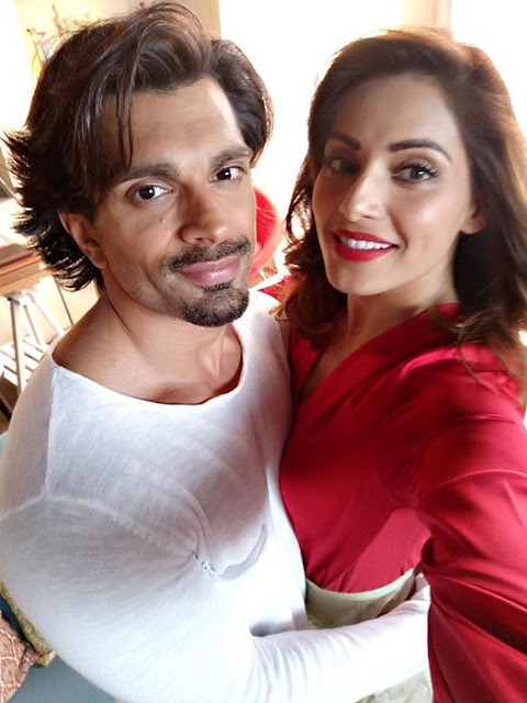 Bipasha basu marriage,Age,Hot,movies,Photo,biography,Wedding, bikini,songs,bf,Boyfriend,family,Profile