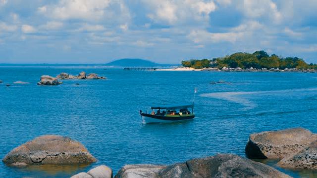 Pantai_Penyusuk