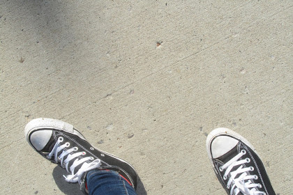 Memakai Sepatu Tidak Lagi Bau Dengan Nyaman