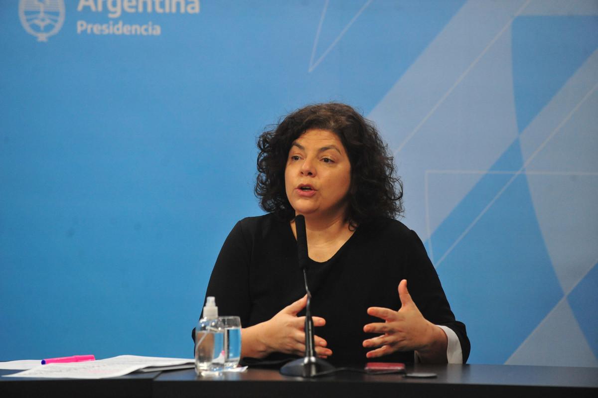 """Carla Vizzotti: """"De ninguna manera funciona un vacunatorio VIP en el Ministerio, esta fue una situación excepcional"""""""
