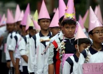 Kumpulan Contoh Teks Tantangan Materi Bahasa Indonesia Kelas IX Kurikulum 2013