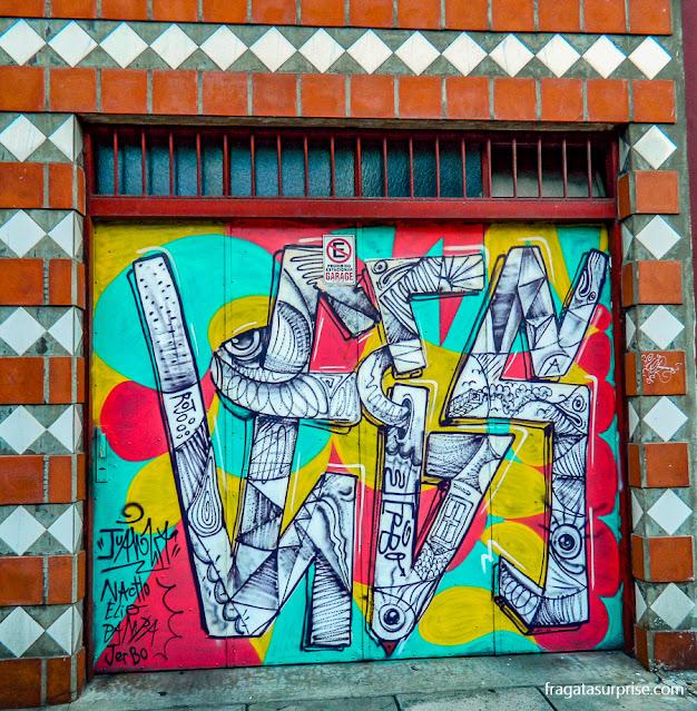 Grafite em uma fachada de Palermo, Buenos Aires