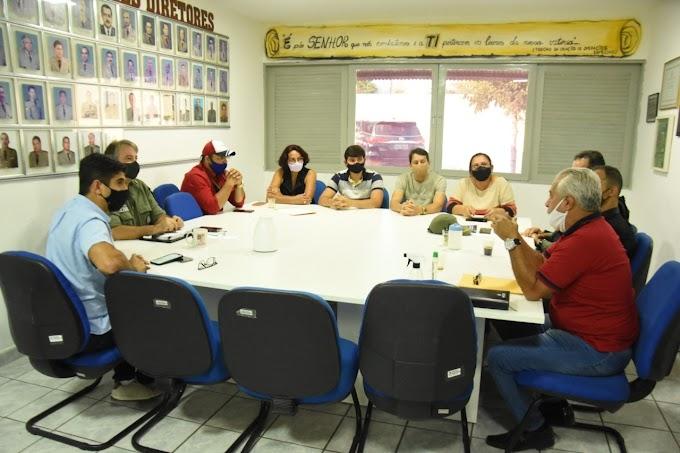 Erick Lessa debate segurança da Sulanca com comerciantes e Polícia Militar
