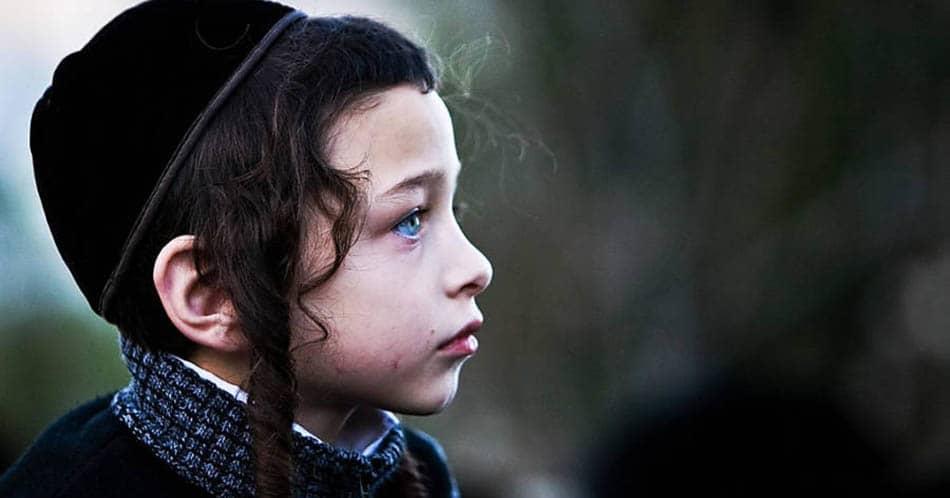 yahudilik, musevilik, Yahudilikten ayrılış, Eski Musevi, Eski Yahudi, din, A, Eski bir Yahudi, Koşer, Şabat yasaları, Şabat, Yahudilikte Sünnet, Yahudi dünyası, Yahudi inanışları, Yahudi kültürü,