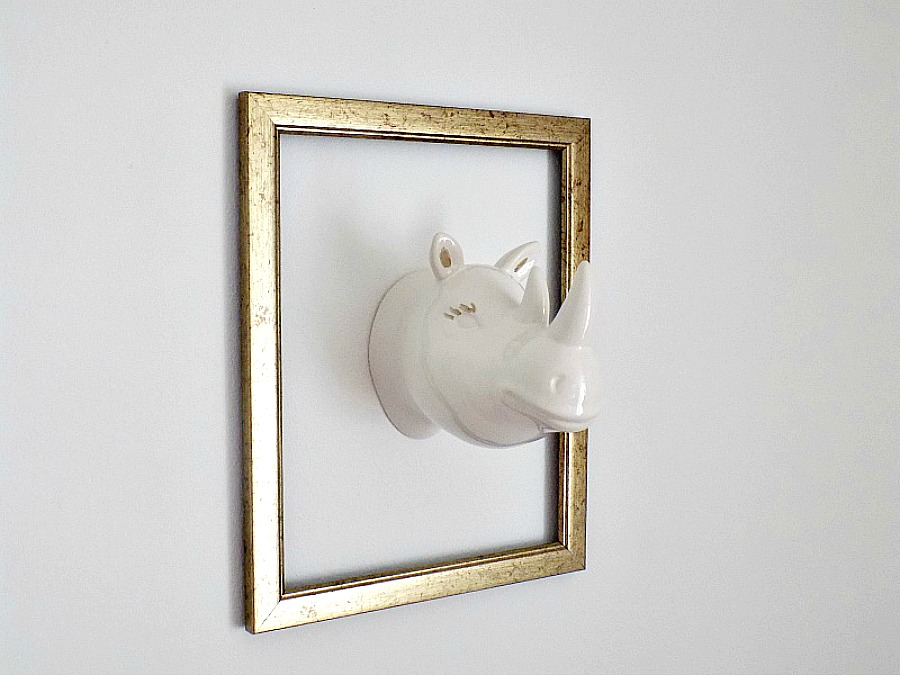 Ceramic hippo on the wall