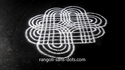 kolam-muggulu-designs-with-lines-72a.jpg