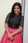 Eesha latest glamorous photos-thumbnail-7