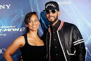 Alicia Keys is pregnant with her second child