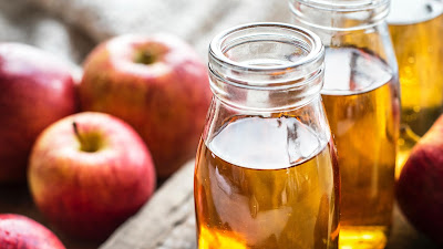 Apple cider vinegar helps To Get Silky Hair Overnight - Home Remedies