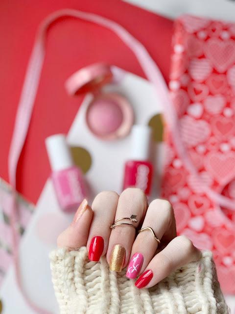 valentine's-nail-art-ideas-essie-be-cherry-lovie-dovie