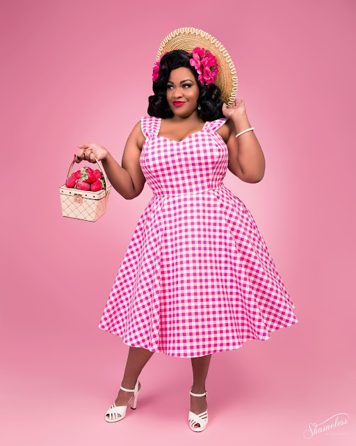 """I Found That The Vintage World Has Shown Less Prejudice Than Any Other Society"" Black Pinup Models Talk About Their Experiences As Pinup Models"