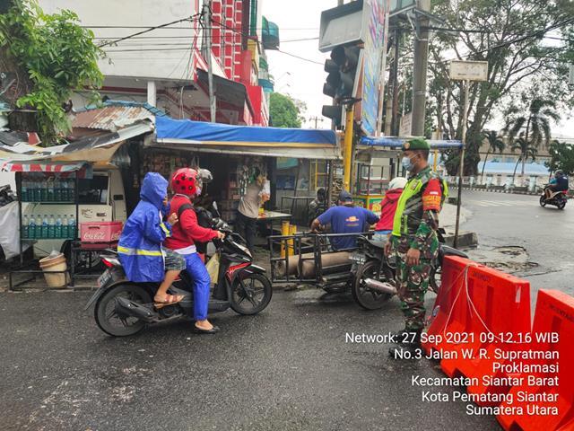 Putus Mata Rantai Penyebaran Covid-19, Ops Penyekatan PPKM Level lll Dilaksanakan Personel Jajaran Kodim 0207/Simalungun
