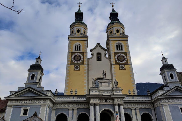 Day trips from Innsbruck for Christmas: Brixen Cathedral