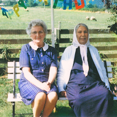 Dauwd – Theory of Colours