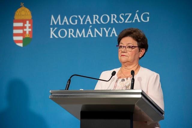 Magyarországon a PCR teszt mindenkinek ingyenes, akinél azt a háziorvos, járványügy, kórház indokoltnak tartja