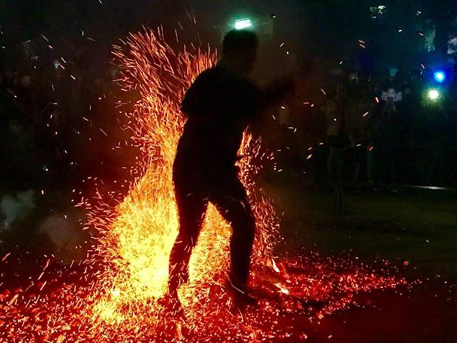 Lễ hội nhảy lửa truyền thống của người Dao đỏ và người Pà Thẻn