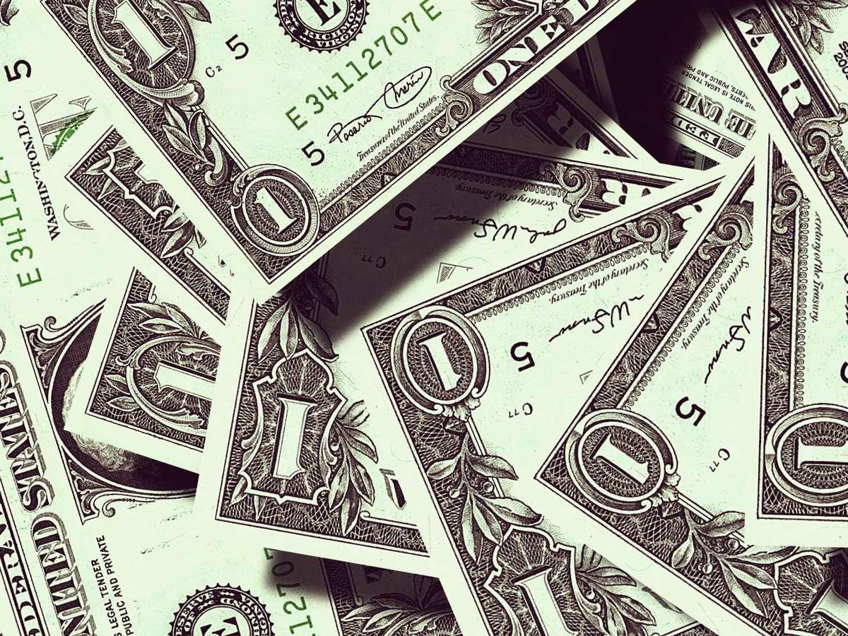 Возмещение НДФЛ в судебных расходах