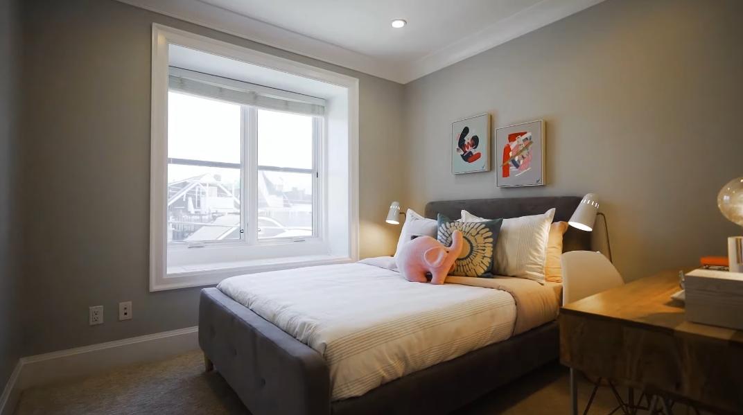 33 Photos vs. Tour 1310 Arbutus St, Vancouver, BC Luxury Home Interior Design