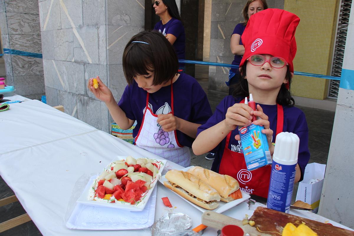 Concurso de cocina en las fiestas de Desierto