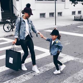 Gambar Sepatu Couple Ibu dan Anak 200036