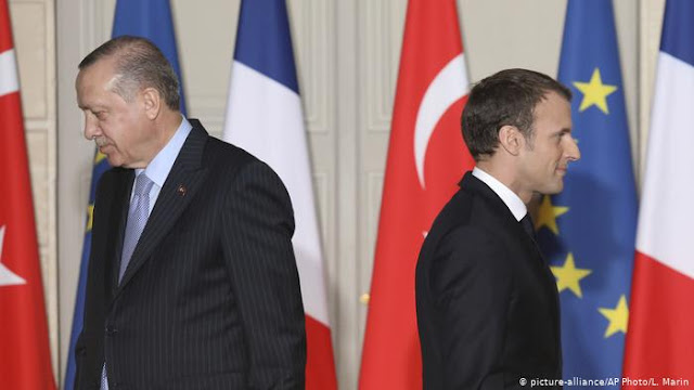 فرنسا تستدعي سفيرها في انقرا بعد تصريحات اردوغان وتشكيكه بالصحة العقلية لماكرون.