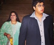 Arjun Kapoor with her real mother