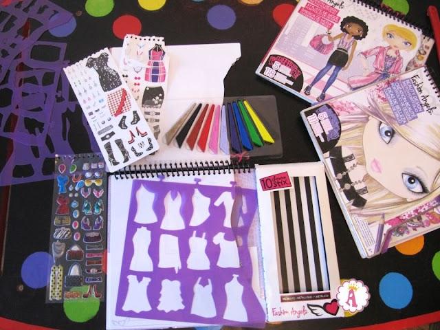 Стильный набор для дизайна одежды Fashion Angels Sketch Portfolio