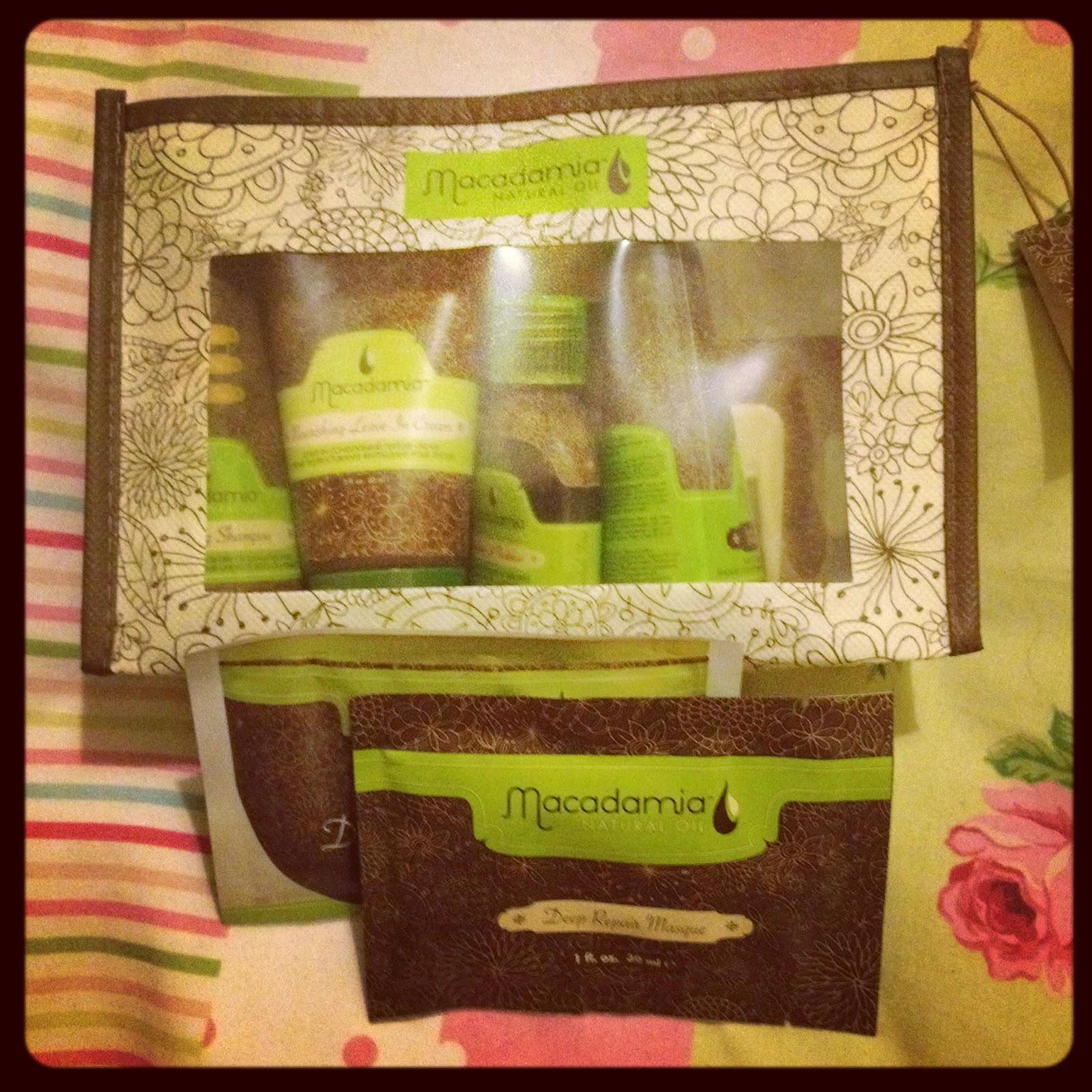 HAIR | Macadamia Natural Oil Travel Set