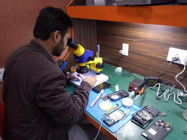 AK info- mobile repairing course delhi