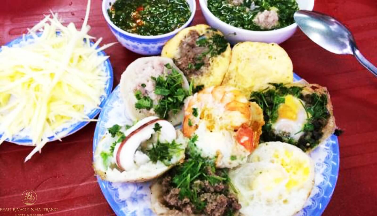 Bánh căn Nha Trang