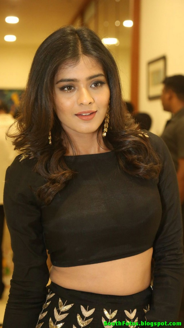Hebah Patel HD Hot Photos