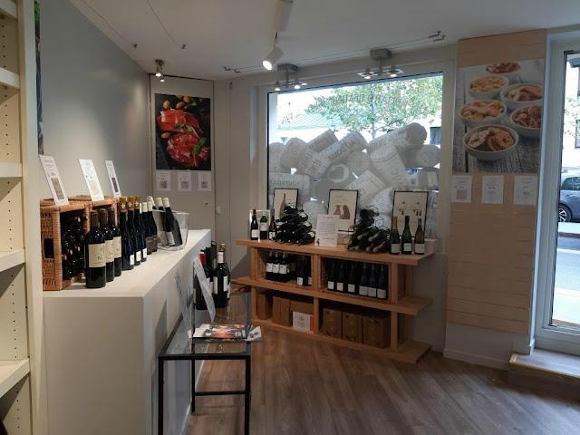 Miss TchinTchin cave à vins caviste vins concept store boulogne billancourt Karine Bricout