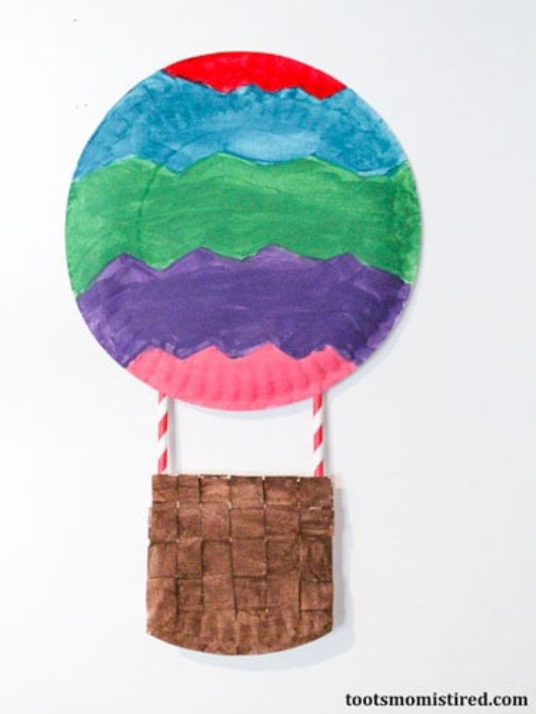 Spring crafts for kids - hot air balloon craft