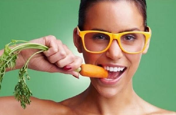 اطعمة تساعد على تقوية النظر