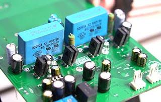Class-D  Fullbridge D2K -  High Power Output 2500W RMS.