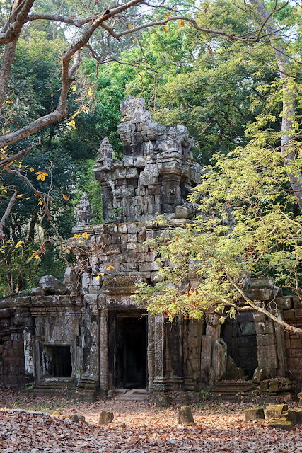 Phimeanakas et les bassins royaux - Angkor - Cambodge