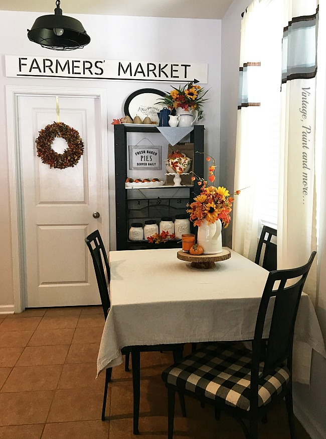 Vintage, Paint and more... using simple touched to change your decor each season