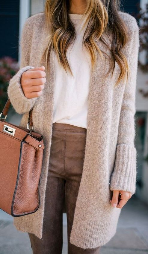 nude palettes_bag + cardigan + white top + pants