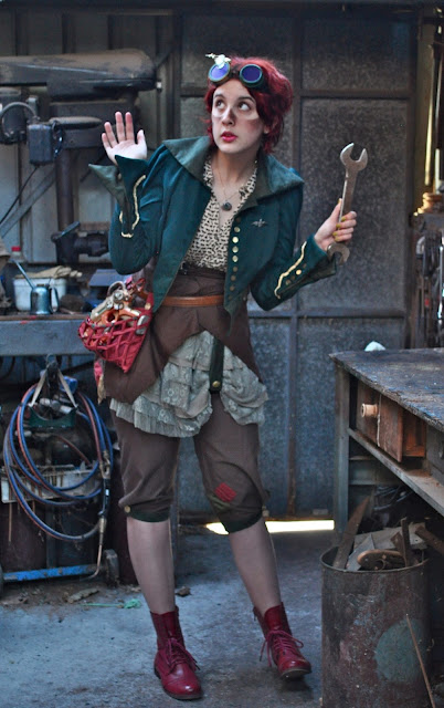 women's steampunk clothing - airship mechanic cosplay