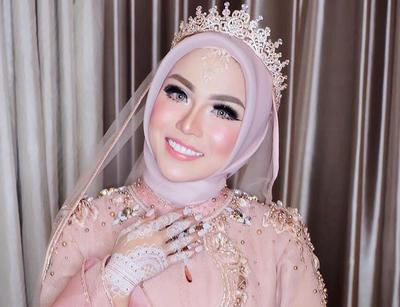 jilbab pengantin mahkota