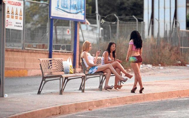 Prostitutas menorca pisos prostitutas granada