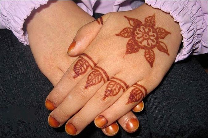 Mehendi Designs for Kids Simple