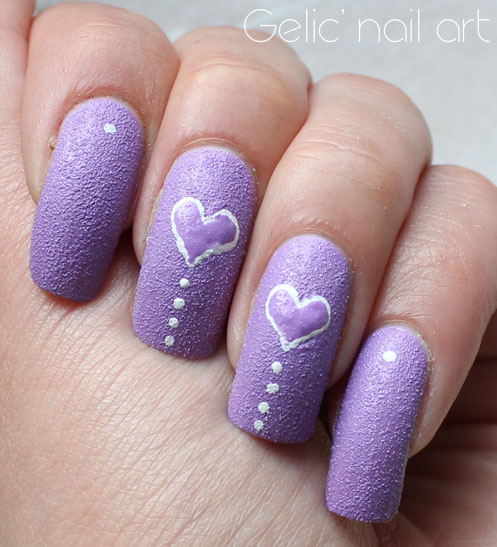 Gelic' nail art: Simple heart texture nail art in white ...