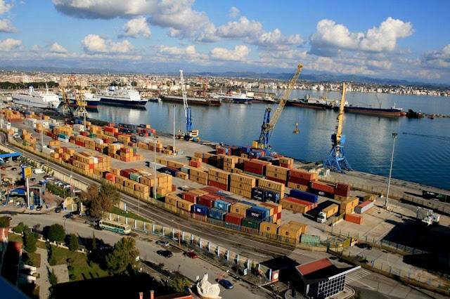 Vacanze di fine anno, grande afflusso nel porto di Durazzo