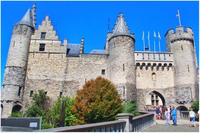 Castillo Het Steen en Amberes Antwerpen