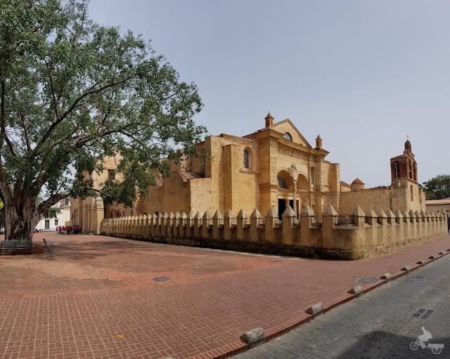 Santa Iglesia Catedral Basílica Metropolitana de Nuestra Señora Santa María de la Encarnación o Anunciación